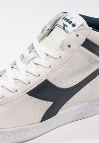 Diadora - GAME WAXED - Sneakers hoog - white/blue caspian sea - 5