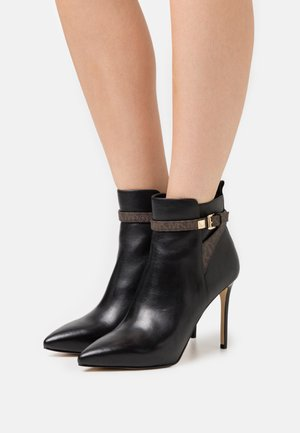 FANNING BOOTIE - High heeled ankle boots - black