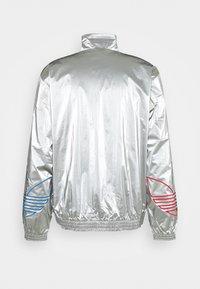adidas Originals - TRICOL - Chaqueta de entrenamiento - silver - 1