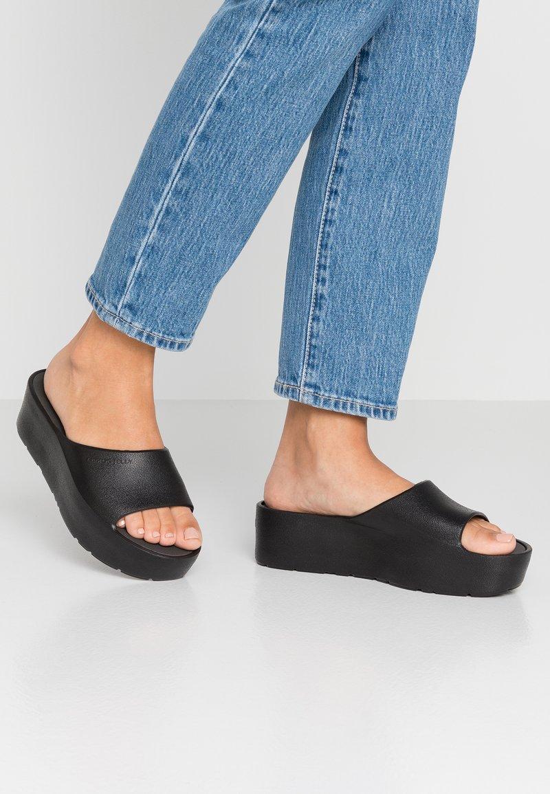 LEMON JELLY - SUNNY - Heeled mules - black