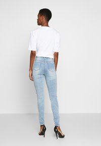 Missguided Tall - SINNER WAISTED AUTHENTIC RIPPED MID - Jeans Skinny Fit - blue - 2