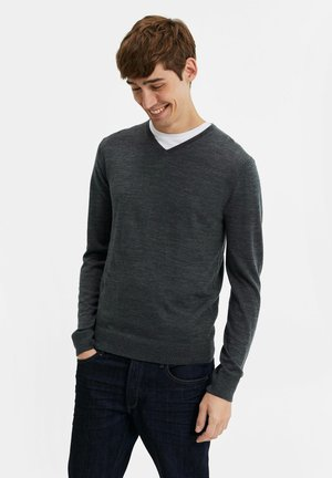 Pullover - light grey