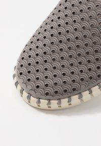 Ilse Jacobsen - TULIP - Slippers - grey - 2