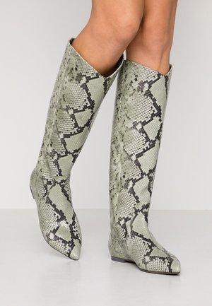 ZONE - Boots - shilf