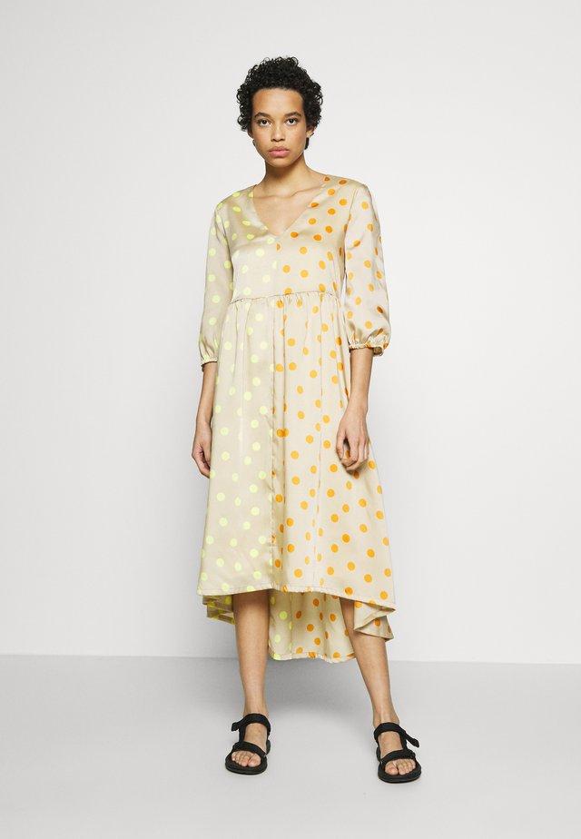 EVELINAGZ DRESS - Sukienka letnia - yellow