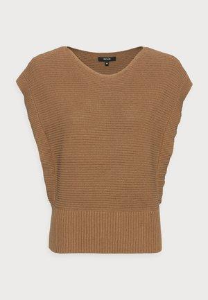 PAXO - Pullover - maple