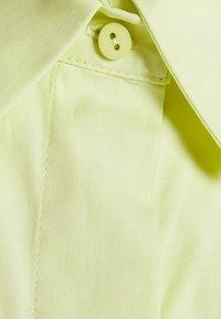 Mykke Hofmann - LYLA - Camicia - lime yellow - 2