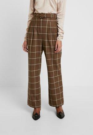 ASHIA PANTS - Trousers - brown
