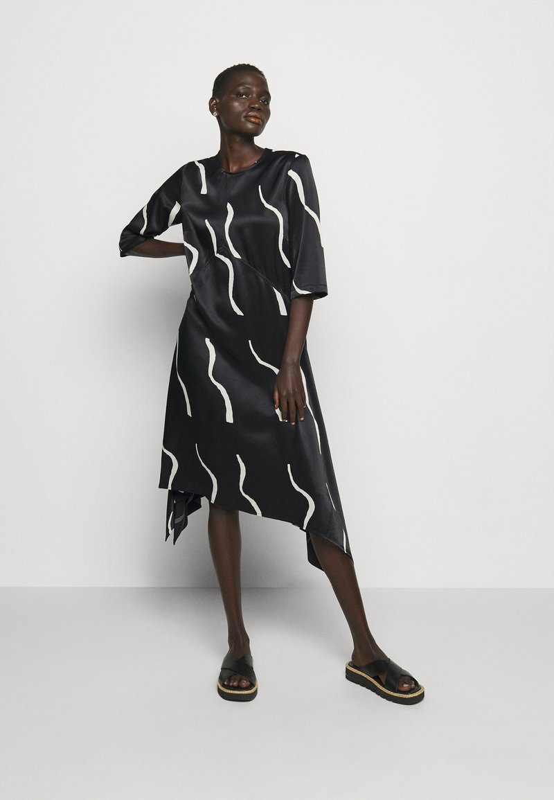 Marimekko - VUOSI LAUHA DRESS - Denní šaty - black/light beige