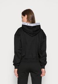 Calvin Klein Jeans - TAPING HOODIE - Hoodie - black - 2