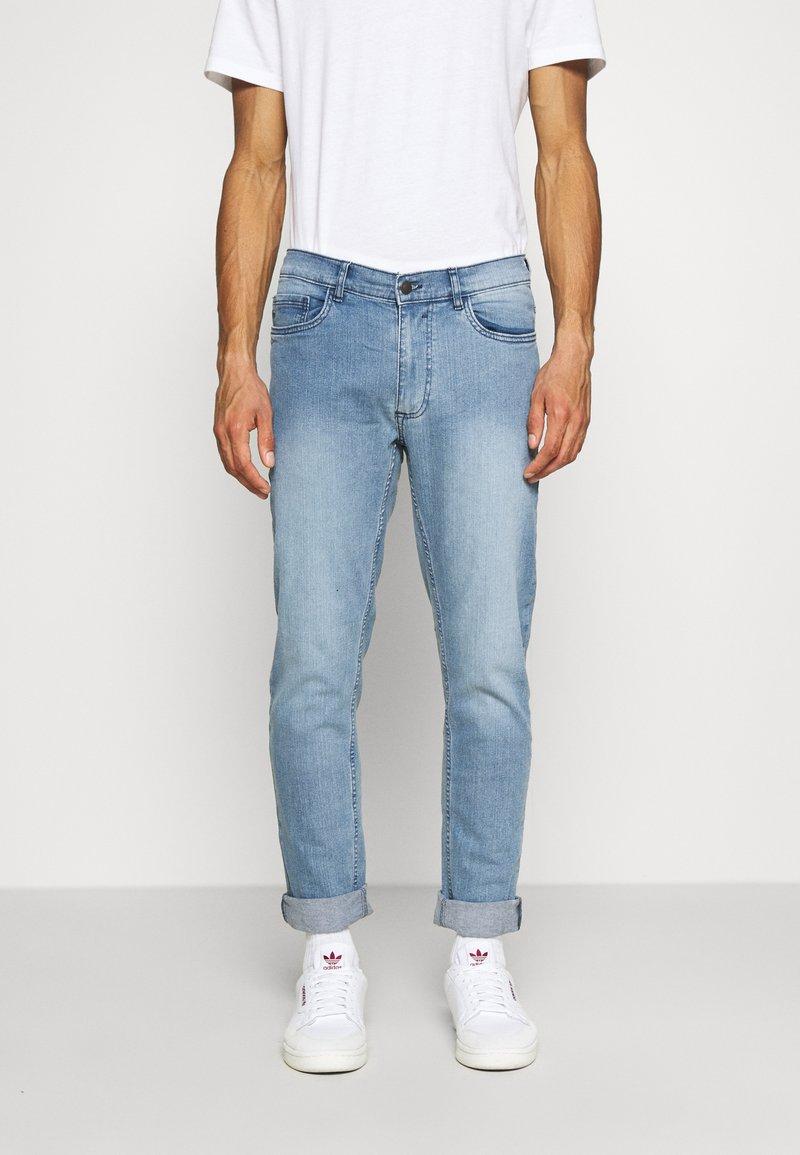 Burton Menswear London - SLIM JEAN - Slim fit jeans - blue
