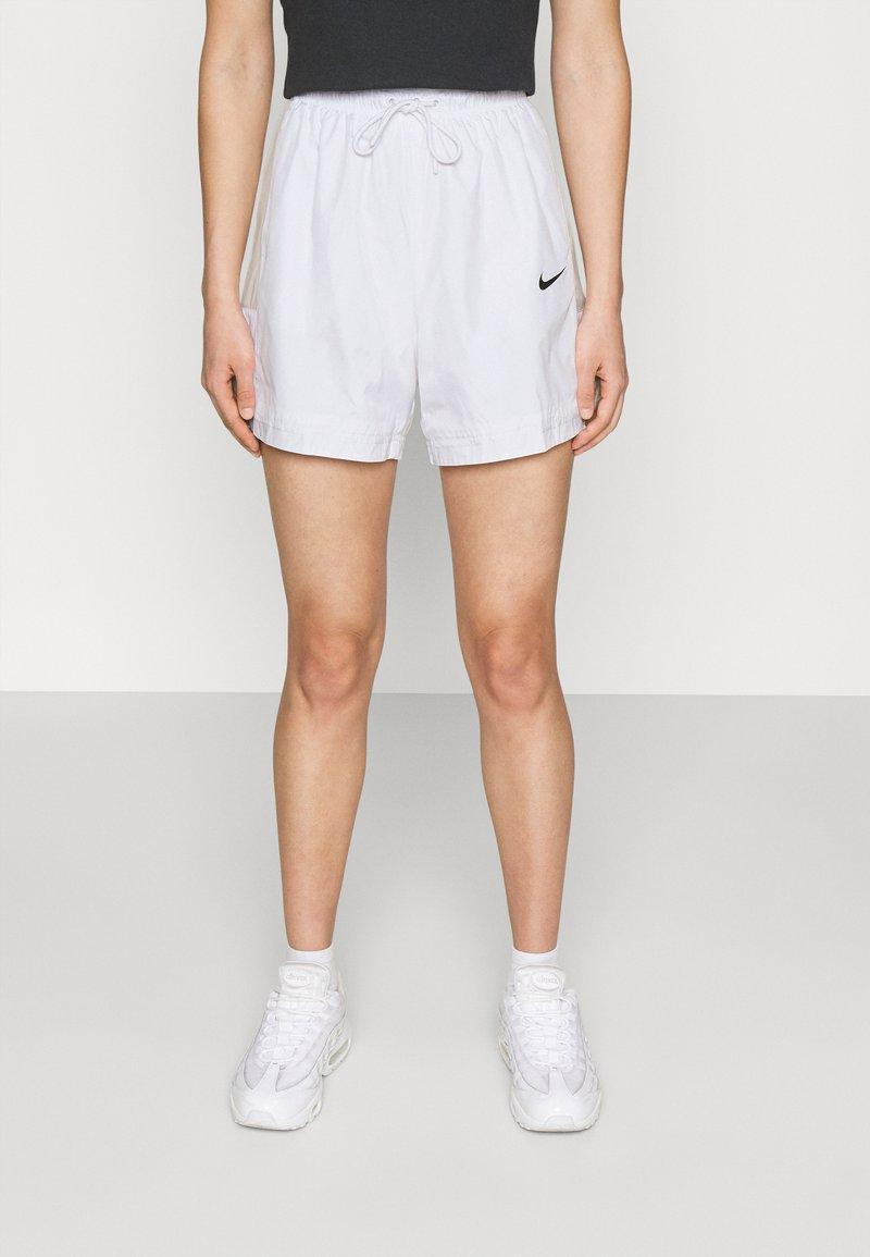 Nike Sportswear - Shorts - white/light bone/black