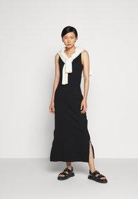 Holzweiler - HIDRA DRESS - Jersey dress - black - 1