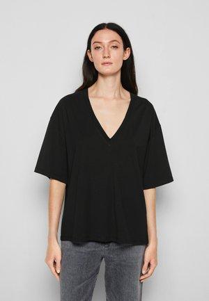 TYRESE - T-shirt basic - black