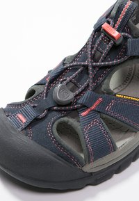 Keen - VENICE H2 - Walking sandals - midnight navy/hot coral - 5