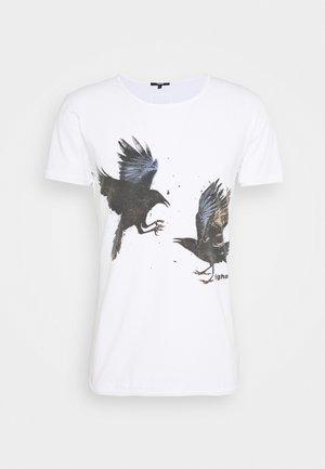 RAVENS WREN - Print T-shirt - white