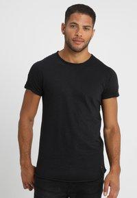 INDICODE JEANS - ALAIN - T-shirt - bas - black - 0