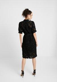 Vero Moda - VMICE DRESS - Kjole - black - 2