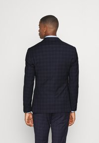 Isaac Dewhirst - CHECK - Completo - dark blue - 3