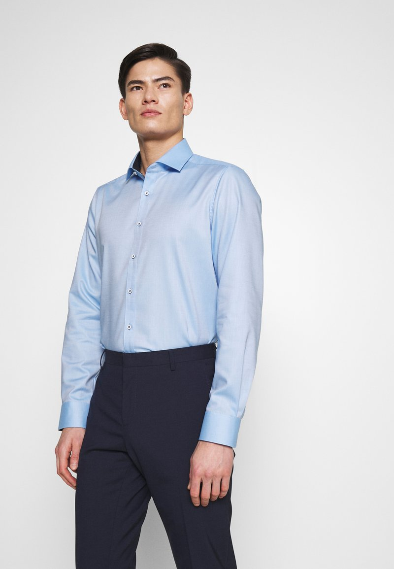 OLYMP Level Five - OLYMP LEVEL 5 BODY FIT  - Formal shirt - bleu