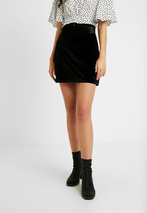 CANDY SKIRT FASHION BELTED - Áčková sukně - black