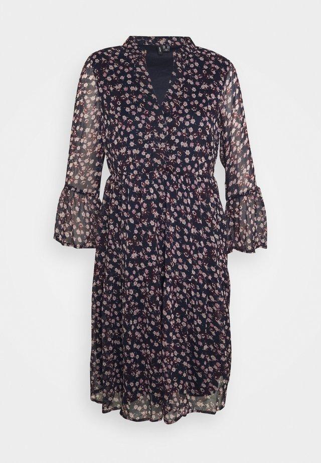 VMKAY SHORT DRESS - Sukienka letnia - navy blazer