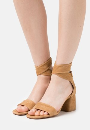 SELENE  - Sandals - cameö