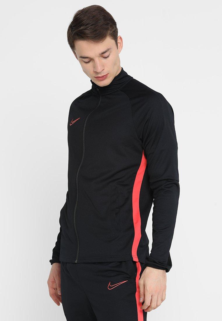 Erittäin Miesten vaatteet Sarja dfKJIUp97454sfGHYHD Nike Performance DRY ACADEMY SUIT Verryttelypuku black/ember glow