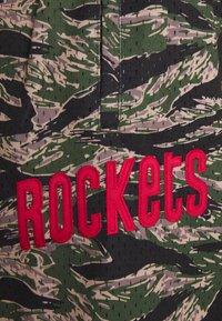 Mitchell & Ness - NBA HOUSTON ROCKETS TIGER CAMO SWINGMAN SHORT - Sports shorts - multi coloured - 2