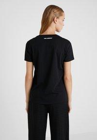 KARL LAGERFELD - T-shirts med print - black - 2