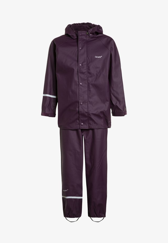 RAINWEAR SUIT BASIC SET WITH FLEECE LINING - Kurahousut - blackberry wine