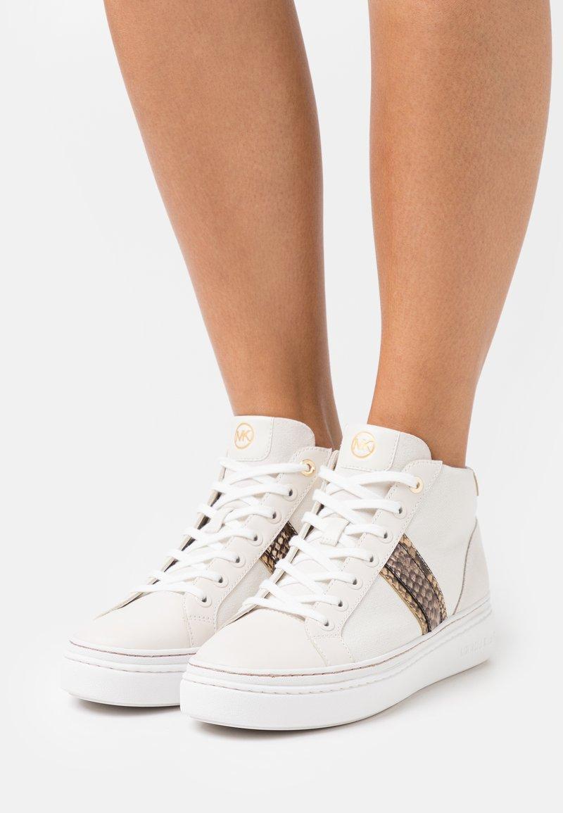 MICHAEL Michael Kors - CHAPMAN MID - Sneakers hoog - cream