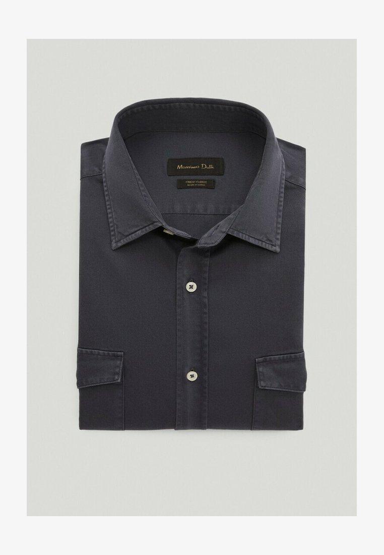 Massimo Dutti - MIT DOPPELTEN TASCHEN - Shirt - blue-black denim
