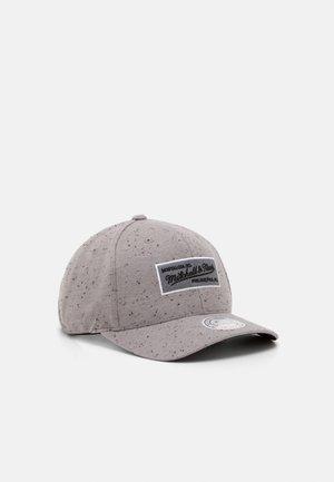 SPECK - Cap - grey