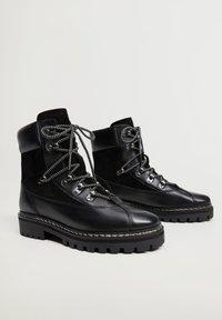 Mango - MOUNTAIN - Šněrovací kotníkové boty - black - 1