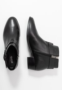 MICHAEL Michael Kors - HARLAND - Boots à talons - black - 3