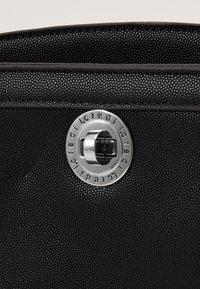L. CREDI - FLORENTIA - Across body bag - schwarz - 3