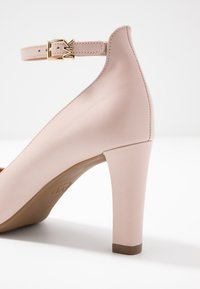 MICHAEL Michael Kors - MILA ANKLE STRAP - Classic heels - nude - 2