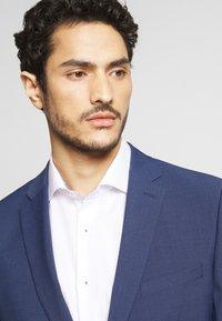 Esprit Collection - TROPICAL SUIT - Suit - blue - 3
