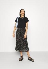Monki - A-line skirt - black dark - 1