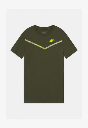 CHEVRON - Print T-shirt - cargo khaki
