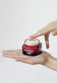 L'Oréal Paris Skin - REVITALIFT LASER X3 50ML - Night care - - - 2