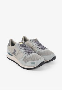Scalpers - SKULL  - Trainers - light grey - 2