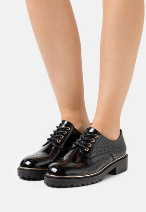 LISTER CHUNKY CUT OUT BROGUE LOAFER - Lace-ups - black