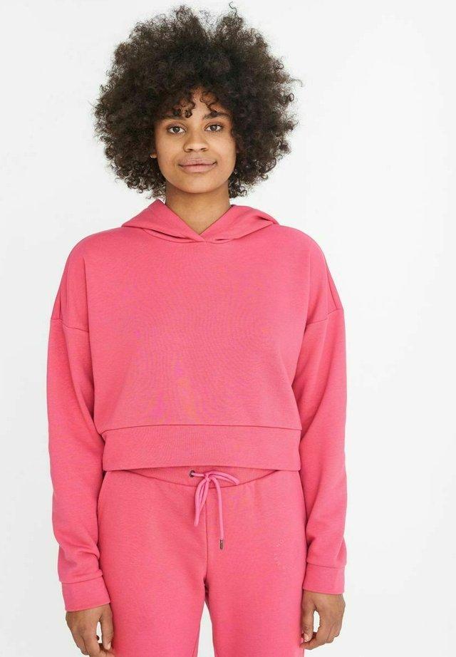 NMLUPA CROP HOOD - Sweatshirt - carmine
