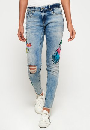 CASSIE  - Jeans Slim Fit - stone blue