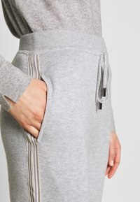 Repeat - TROUSER - Tracksuit bottoms - grey - 5