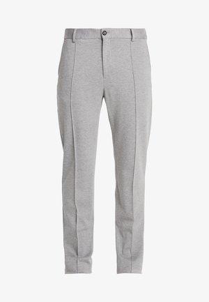 SLIM FLEX WITH PINTUCK - Pantalon classique - grey