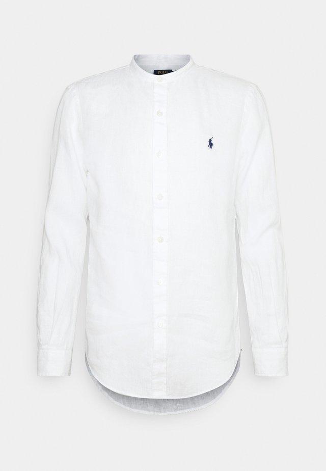 PIECE DYE - Camisa - white