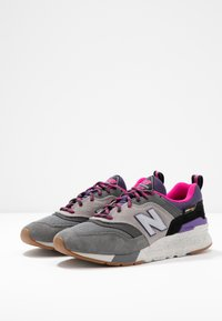 New Balance - 997 - Zapatillas - grey/purple - 4